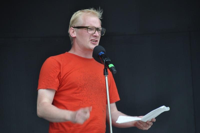 Vinder af Ofelia Beach Poetry Slam